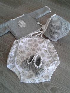 Baby Girl Cardigan Crochet Baby Jacket K - Diy Crafts - maallure The Babys, Crochet Baby Jacket, Crochet Baby Hats, Baby Girl Cardigans, Baby Sweaters, Knitting For Kids, Baby Knitting, Knitted Baby Clothes, Baby Kind