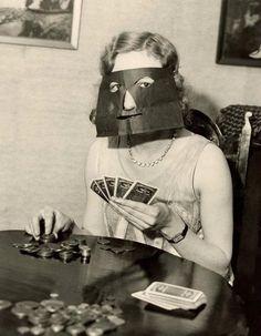 Poker face be gone.