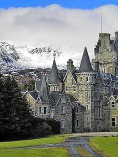 Highlands Castle, Loch Laggan in Scotland: