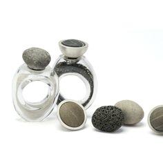 Birgit Okula flakons rings ~ http://www.schmuckdesign-birgitokulla.de/index.php/kollektion/flakons/flakons-ringe/2-uncategorised/45-flakon-ringe-3