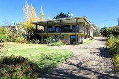 Neethlings Place - Clarens Accommodation. Guest Toilet, Free State, Loft Room, Double Room, Urban Life, Open Plan Living, Gas Fireplace, Rafting, Weekend Getaways