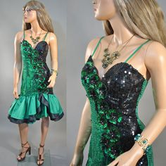 Vintage 1980s Beaded Sequins 80s Wild Child PROM PARTY Trophy Sexy Ruffle DRESS S Small
