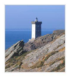 Kermorvan #Lighthouse - Le Conquet, Bretagne, #France - http://dennisharper.lnf.com/