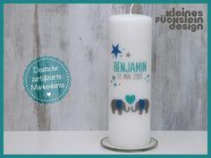 """**Taufkerze """"Elefant Benjamin""""**  <br>Liebevoll gestaltete **Taufkerze mit 2 Elefanten in türkis, taupe und blau**. Modern und verspielt zugleich. Jede Kerze wird individuell mit dem gewünschten..."""
