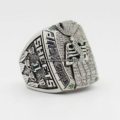 2013 Saskatchewan Roughriders The Grey Cup Championship Ring Saskatchewan Roughriders, Canadian Football League, Grey Cup, Championship Rings, World Of Sports, Toronto, Best Gifts, Rings For Men, Fans