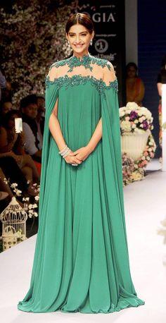 Hot Sonam Kapoor In Backless Gown Ramp Walk - Sonam Kapoor Hot Photos