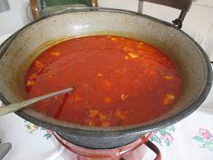 Bográcsgulyás Chili, Soup, Favorite Recipes, Meals, Ethnic Recipes, Chile, Meal, Soups, Chilis