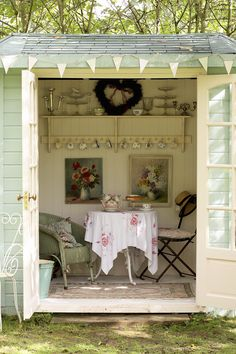 17 conservatories and garden rooms to inspire you to bring the outdoors in 17 conservatories and garden rooms ideas – Garden shed renovation ideas Small Summer House, Summer House Garden, Summer Houses, The Garden Room, Small Garden Room Ideas, Party Garden, Garden Wedding, Summer Wedding, Garden Shed Interiors