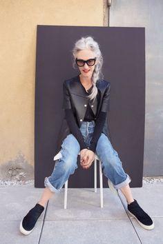 Bastoni di fashion : Linda Rodin, a 66 year old model and fashion designer.