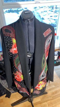 Wearable Art, Blazer, Jackets, Men, Fashion, Down Jackets, Moda, Fashion Styles, Blazers
