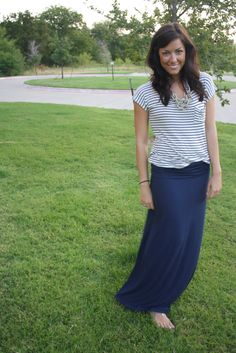 stripes + maxi skirt = LOVE!
