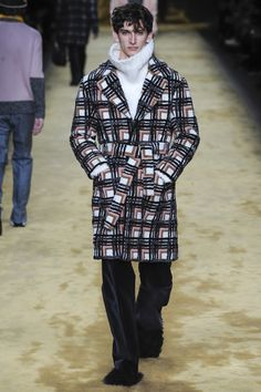Fendi Fall 2016 Menswear Fashion Show