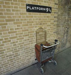 You grab your belongings at Platform 9 3/4. You collect your breath. | What It's Like When A Harry Potter Fan Makes The Journey To London