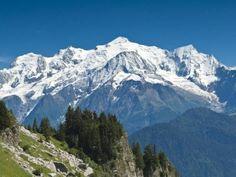 Vue sur le mont blanc guide touristique de haute savoie rhone alpes                                                                                                                                                     Plus