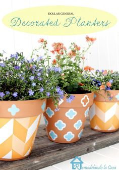 Remodelandocasa created these pretty decorated planters using only dollar store ingredients and no paint. Click to check out how she did it!...