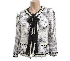 #Chanel jacket. Very Jackie Kennedy, therefore perfect for a First Lady. A classic wardrobe staple