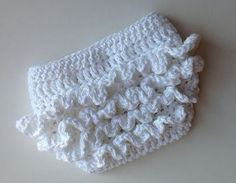 Free Crochet Diaper Cover Pattern | Crochet Pattern for Ruffle Bum Baby Diaper Cover - 3 sizes, Newborn ...