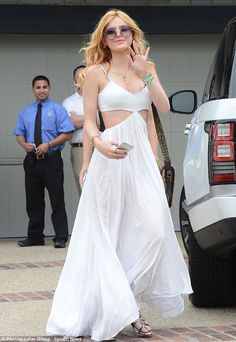 0b350a02b42b3 Bella Thorne goes from boho to beach babe at Joel Silver s party