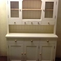 Get the best quality hand painted furniture at the right price in UK from Piggeries Furniture.
