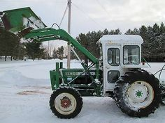 OLIVER 1370 FWD Antique Tractors, Vintage Tractors, Agriculture, Farming, Tractor Photos, Snow Machine, Farmall Tractors, Work Horses, Old Farm