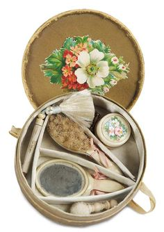 De Kleine Wereld Museum of Lier: 61 Set of Celluloid Doll Accessories in Original Box