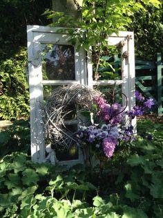 Spring window / #gardenart / Pic via: https://s-media-cache-ak0.pinimg.com/originals/cf/6f/0d/cf6f0d77f497fa46de4d8dd0ffafb524.jpg