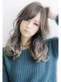 外国人風アッシュグレーグラデーションカラー☆ロング☆sherry Kawaii Hairstyles, Permed Hairstyles, Pretty Hairstyles, Girl Hairstyles, Ombré Hair, Bad Hair, Gyaru Hair, Medium Hair Styles, Long Hair Styles