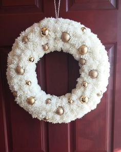 Elegant Pom Pom Wreath di September7teen su Etsy