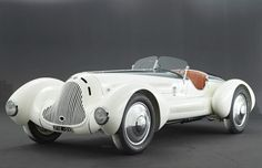 This car started its life as a 1931 Alfa Romeo 6C 1750 with a Zagato body, but after an accident in 1938, it is believed the car was rebuilt with a body designed by Revelli De Beaumont.