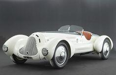 1931 Alfa Romeo 6C 1750 Gran Sport Aprile Roadster - what a thing of beauty.