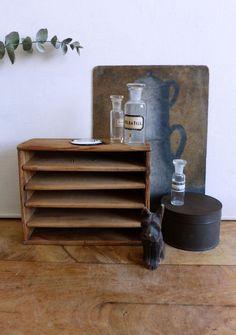 Plus de 1000 id es propos de tiroirs casiers sur pinterest brocante tiroirs et bac de l - Petit nain de jardin toulouse ...