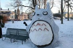 Two-meter-high Totoro made of snow in Porvoo Finland. Christmas Town, Miyazaki, Go To Sleep, Something Beautiful, Totoro, Finland, Snowman, Quilts, Outdoor Decor