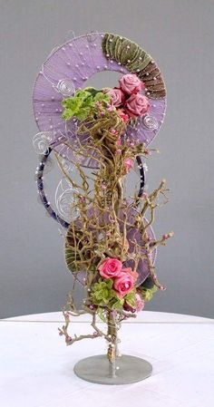 Deco Floral, Arte Floral, Ikebana, Pink Roses, White Flowers, Large Flower Arrangements, Tropical Flowers, Indoor Flowers, Flowers Garden