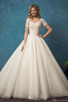 2017 Vintage Wedding Dresses Cheap V Neck With Short Sleeves Lace Applique Tulle Princess Designer Wedding Bridal Dress Gown Custom Wedding Gowns Pictures Wedding Shops From Yoyobridal, $141.51| Dhgate.Com