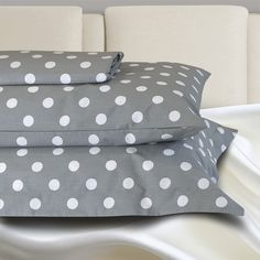 Bed Pillows, Pillow Cases, Dots, Search, Pillows, Stitches, Searching, The Dot, Polka Dots