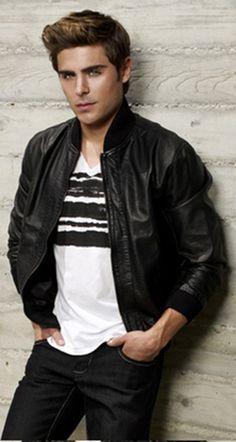 Zac Efron- ahh he's so hot