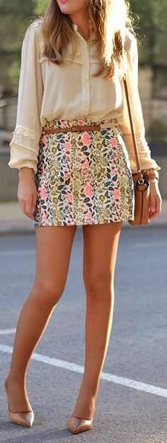 Floral prints are all the rage this spring. A bold floral printed skirt paired with a neutral top and heels is an easy outfit!