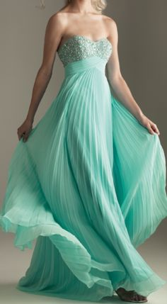 Beautiful Evening Gown/ Prom Dress.