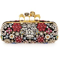 Alexander McQueen Knuckle Box Brooch Crystal Clutch Bag (311.260 RUB) ❤ liked on Polyvore featuring bags, handbags, clutches, black, alexander mcqueen purse, alexander mcqueen clutches, skull box clutch, skull clutches and black skull purse