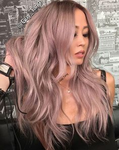 Wonderful dreamy hair, metallic rose hair cabello, cabello o Cabelo Rose Gold, Rose Gold Hair, Violet Hair, Dusty Rose Hair Color, Dusty Pink Hair, Lilac Hair, Grunge Hair, Pretty Hairstyles, Hairstyle Images