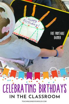 Good Totally Free preschool classroom birthday Concepts Are you currently a innovative teacher who will be wondering the way to put together a new toddler class? Preschool Classroom Schedule, Toddler Classroom, Preschool Learning Activities, Free Preschool, Toddler Preschool, Toddler Activities, Classroom Setup, Classroom Displays, Educational Activities