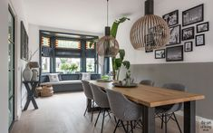 Modern interieur met erker, Lifs, The art of living. Bohemian Living Rooms, Living Room Modern, Home And Living, Dining Table In Living Room, Industrial Chic Decor, English Decor, French Country Living Room, Scandinavian Living, Living Room Flooring