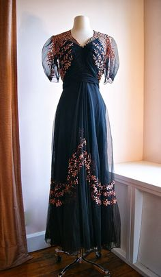 """1930s Embroidered tulle evening gown, waist 28""""."""