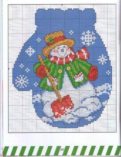 Plastic Canvas Christmas Snowman Mitten 9cac52263e5cf1f740577f22a00d8b34.jpg 572×740 pixels