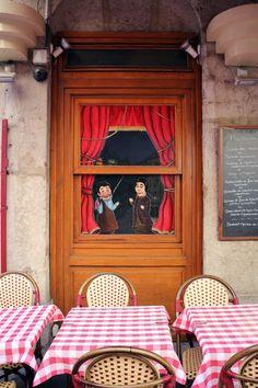 Bouchon Restaurant Lyon - City Guide France - Infini-T Blog Bordeaux
