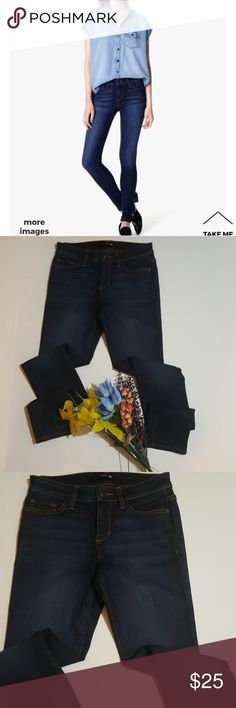"Joes skinnies dark denim mid rise skinnies 31""inseam 9""rise EUC.No trades offers welcomed Joe's Jeans Jeans Skinny"
