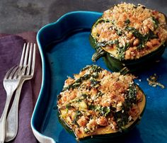 Skinny Holiday Recipes: Acorn Squash With Kale and Sausage. #SkinnyHolidaySweeps