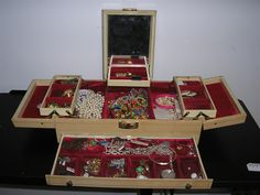 Antique Jewelry Box & Costume Jewelry I have one of these Thanks Philly! Hair Bobs, Cigar Boxes, Auction Items, Crowns, Antique Furniture, Costume Jewelry, Women's Accessories, Antique Jewelry