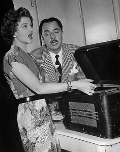Myrna Loy and William Powell sing along between scenes of The Thin Man Goes Home