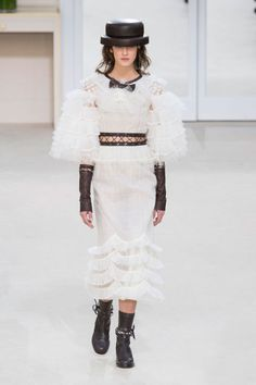 All the Looks From the Chanel Fall 2016 Ready-to-Wear Show